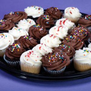 Mini cupcakes platter